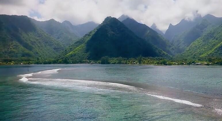 tahiti island 2